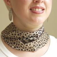 Magnetic Scarves